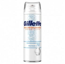 Espuma de Afeitar Skinguard Sensitive Gillette 250 ml