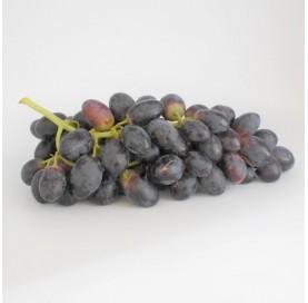 Schwarze Trauben ohne Kerne in 1 kg Tray